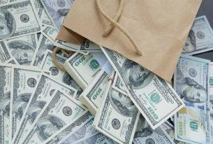 Mộng thấy tiền đô đánh đề con gì?