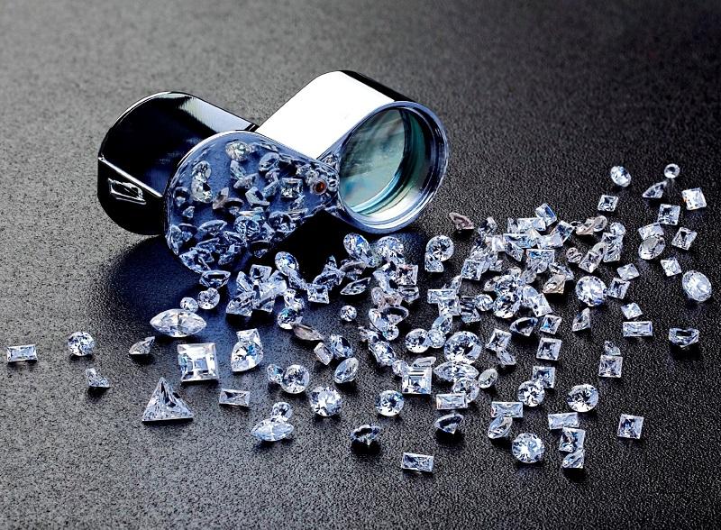 Nằm mơ thấy kim cương đánh đề con gì? Kim cương là số mấy?