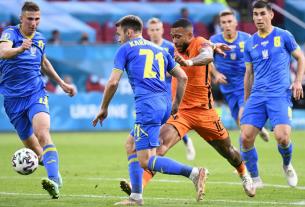 Hà Lan giành chiến thắng gay cấn trong trận mở màn Euro 2021