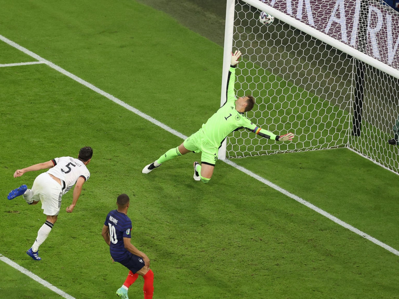 Kỷ lục đá hỏng penalty và phản lưới nhà tại Euro 2021