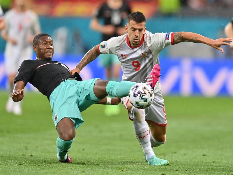 Lần đầu tiên ĐT Áo thắng trận ra quân tại VCK EURO 1