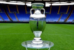 Lộ diện 12/16 đội bóng giành vé vào vòng 1/8 EURO 2021