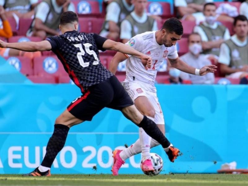 Tây Ban Nha vất vả hạ gục Croatia, tiến vào tới kết Euro 2021 1