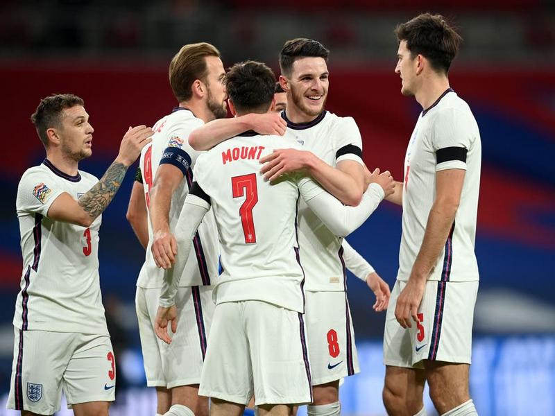 Tuyển Anh lập kỉ lục buồn tại Euro, dù giành ngôi đầu bảng 1