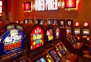Video Poker là gì? Tìm hiểu các chiến thuật chơi Video Poker hiệu quả