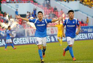 Cầu thủ Than Quảng Ninh 'khóc ròng' khi CLB tiếp tục nợ lương