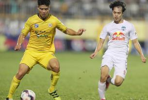 CLB Nam Định lo lắng khi hoãn V-League quá lâu