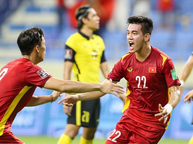 ĐT Trung Quốc thêm cơ hội thắng ĐT Việt Nam nhờ Australia 1