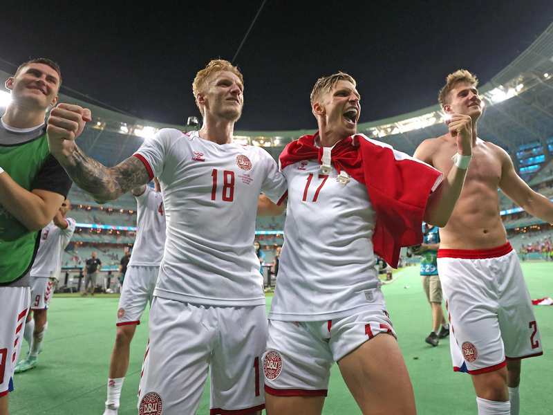 Euro 2020: ĐT Đan Mạch như những người hùng trở về quê nhà