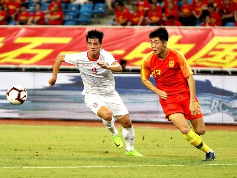 Giá của một cầu thủ Trung Quốc cao gấp đôi đội hình tuyển Việt Nam 1