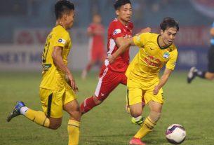 HLV CLB Viettel hoài nghi việc đá 'chung kết V-League 2021' với HAGL