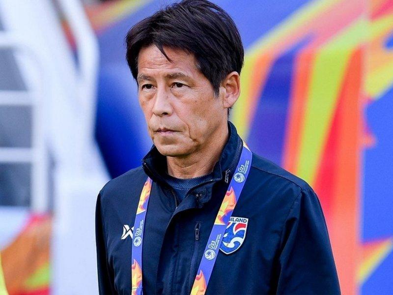 Sau khi bị Thái Lan sa thải, HLV Nishino nhận 'món hời' khủng