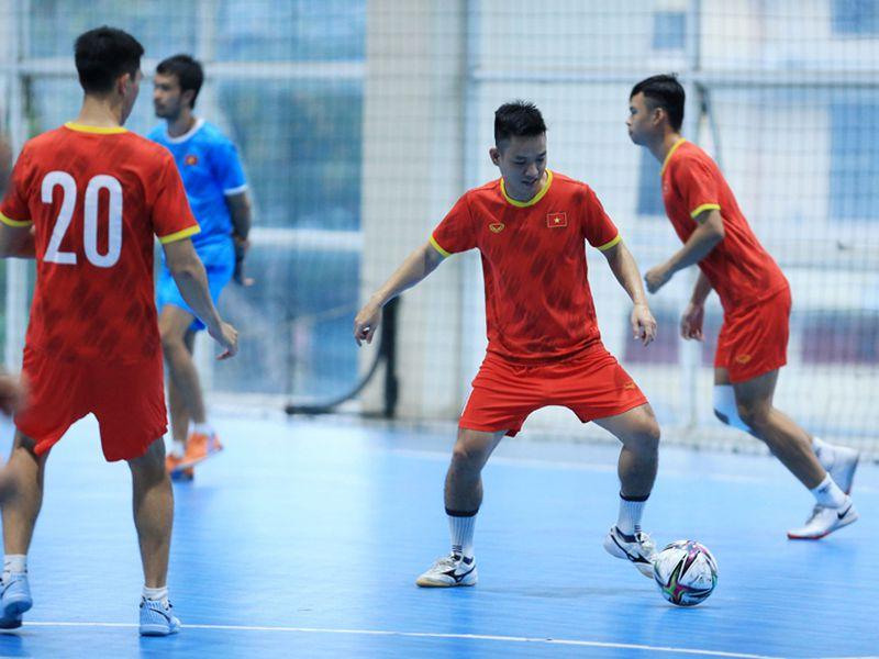 ĐT Việt Nam được VFF giao 'nhiệm vụ lịch sử' tại VCK World Cup 1