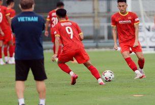 Tài năng trẻ của Hà Nội FC được HLV Park Hang Seo chú ý đặc biệt
