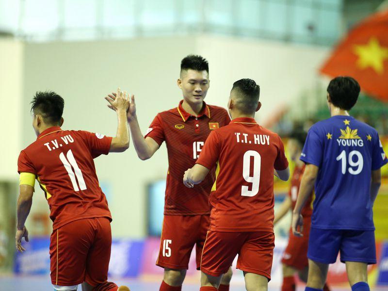 Tràn lan thông tin tuyển Việt Nam rút lui khỏi World Cup 1
